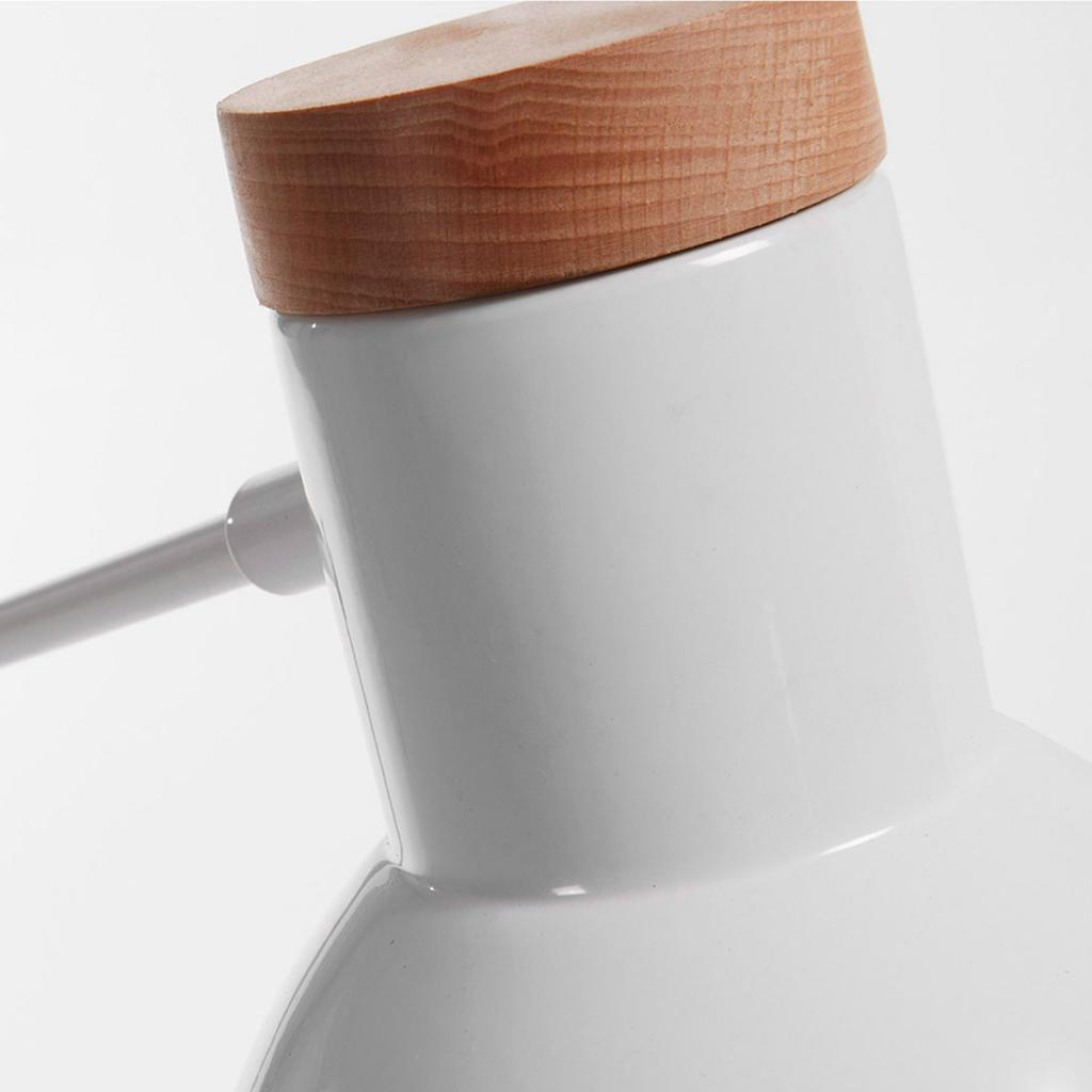 stehlampe tescarle holz metall wei la forma. Black Bedroom Furniture Sets. Home Design Ideas
